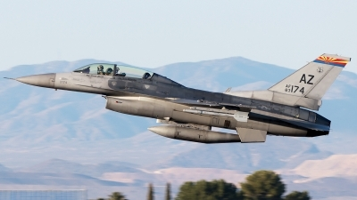 Photo ID 246377 by Misael Ocasio Hernandez. USA Air Force General Dynamics F 16D Fighting Falcon, 83 1174