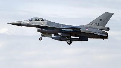 Photo ID 246447 by Niels Roman / VORTEX-images. Netherlands Air Force General Dynamics F 16AM Fighting Falcon, J 062
