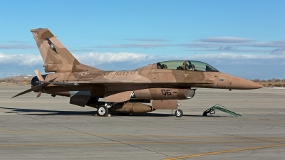Photo ID 246880 by Niels Roman / VORTEX-images. USA Navy General Dynamics F 16B Fighting Falcon, 920460