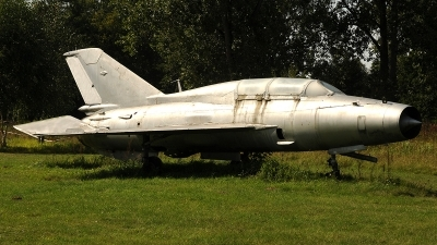 Photo ID 246982 by Florian Morasch. East Germany Air Force Mikoyan Gurevich MiG 21U 600, 23 96