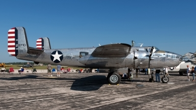 Photo ID 247158 by Rod Dermo. Private Private North American B 25J Mitchell, NL1042B