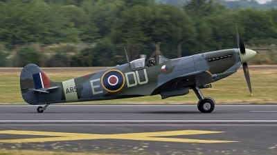 Photo ID 248339 by Niels Roman / VORTEX-images. Private The Shuttleworth Collection Supermarine 349 Spitfire LF Vc, G AWII