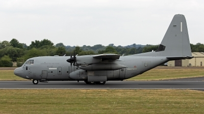 Photo ID 248068 by Niels Roman / VORTEX-images. Italy Air Force Lockheed Martin C 130J Hercules L 382, MM62177