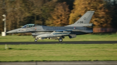 Photo ID 247762 by Rick van Engelen. Netherlands Air Force General Dynamics F 16AM Fighting Falcon, J 016