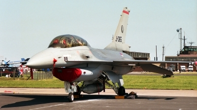 Photo ID 248350 by Michael Baldock. Netherlands Air Force General Dynamics F 16B Fighting Falcon, J 065