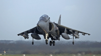Photo ID 319 by Alan Worsley. UK Air Force British Aerospace Harrier T10,