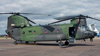 Photo ID 248866 by Peter Fothergill. Canada Air Force Boeing Vertol CH 147F Chinook, 147304
