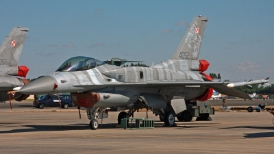 Photo ID 248803 by Peter Fothergill. Poland Air Force General Dynamics F 16C Fighting Falcon, 4052