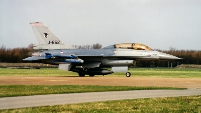 Photo ID 249087 by Jan Eenling. Netherlands Air Force General Dynamics F 16B Fighting Falcon, J 652