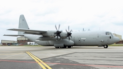 Photo ID 249322 by Peter Fothergill. Italy Air Force Lockheed Martin C 130J 30 Hercules L 382, MM62195