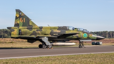 Photo ID 249866 by Jan Eenling. Private Swedish Air Force Historic Flight Saab Sk37E Viggen, SE DXO
