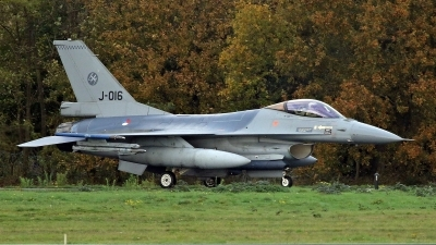 Photo ID 250616 by Richard de Groot. Netherlands Air Force General Dynamics F 16AM Fighting Falcon, J 016