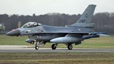 Photo ID 251533 by Richard de Groot. Netherlands Air Force General Dynamics F 16AM Fighting Falcon, J 017