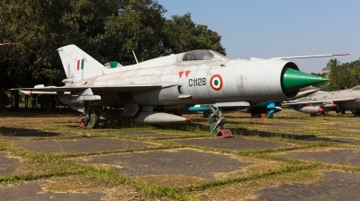 Photo ID 252319 by Andreas Zeitler - Flying-Wings. India Air Force Mikoyan Gurevich MiG 21FL, C1128