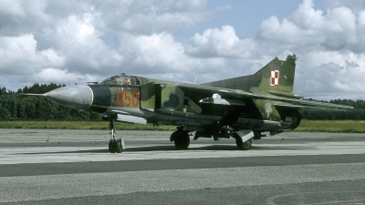 Photo ID 252455 by Marinus Dirk Tabak. Poland Air Force Mikoyan Gurevich MiG 23MF, 050
