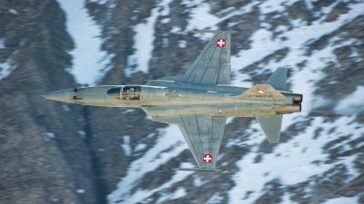 Photo ID 252989 by Tonnie Musila. Switzerland Air Force Northrop F 5E Tiger II, J 3070