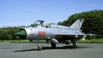Photo ID 28368 by Joop de Groot. Poland Navy Mikoyan Gurevich MiG 21bis, 8819