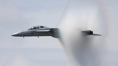 Photo ID 28603 by Jonathan Derden - Jetwash Images. USA Navy Boeing F A 18F Super Hornet, 165797