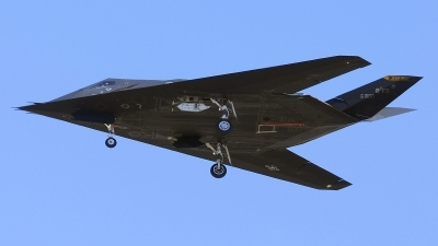 Photo ID 28960 by Brian Lockett. USA Air Force Lockheed F 117A Nighthawk, 82 0800