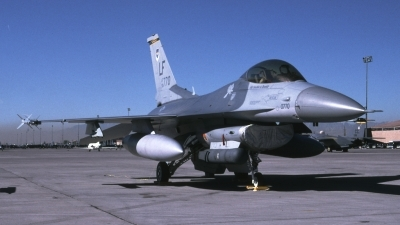 Photo ID 29047 by Tom Gibbons. USA Air Force General Dynamics F 16C Fighting Falcon, 90 0770