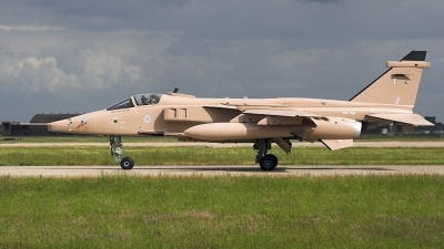 Photo ID 3546 by Matthew Clements. UK Air Force Sepecat Jaguar GR3A, XX725