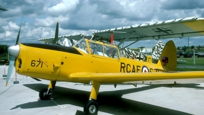 Photo ID 31137 by Joop de Groot. Private Private De Havilland Canada DHC 1 Chipmunk 22A, G BNZC