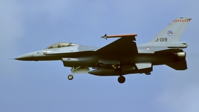 Photo ID 31370 by Rainer Mueller. Netherlands Air Force General Dynamics F 16A Fighting Falcon, J 019