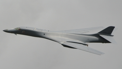 Photo ID 31487 by Dean West. USA Air Force Rockwell B 1B Lancer, 85 0090