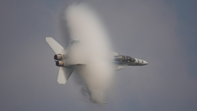 Photo ID 3730 by Jeremy Gould. USA Navy Boeing F A 18F Super Hornet, 165795