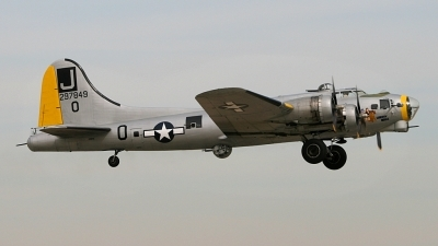 Photo ID 32594 by Jonathan Morgan. Private Liberty Foundation Boeing B 17G Flying Fortress 299P, N390TH