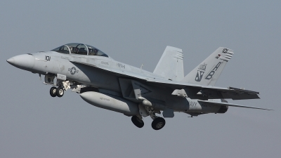 Photo ID 33053 by Jonathan Derden - Jetwash Images. USA Navy Boeing F A 18F Super Hornet, 166634