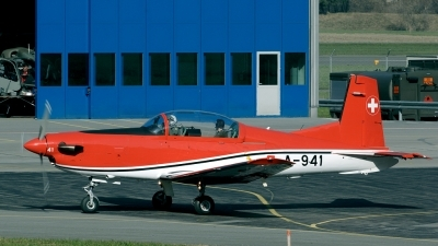 Photo ID 33359 by Joop de Groot. Switzerland Air Force Pilatus PC 7 Turbo Trainer, A 941