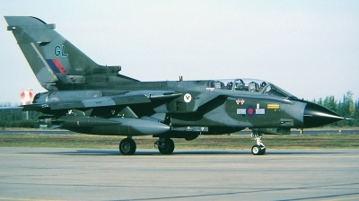 Photo ID 33402 by Arie van Groen. UK Air Force Panavia Tornado GR1, ZA463