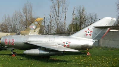 Photo ID 33674 by Gyula Rácz. Hungary Air Force Mikoyan Gurevich MiG 15bis, 912