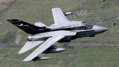 Photo ID 34572 by Barry Swann. UK Air Force Panavia Tornado GR4, ZA469