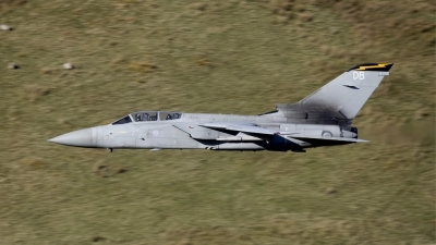 Photo ID 34573 by Barry Swann. UK Air Force Panavia Tornado F3, ZE200