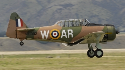 Photo ID 35120 by rinze de vries. Private Private North American AT 6D Harvard Mk3, ZK WAR