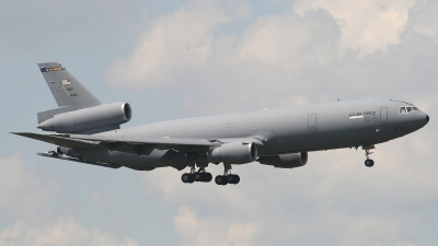 Photo ID 4207 by Jaysen F. Snow - Midwest Tail Chasers. USA Air Force McDonnell Douglas KC 10A Extender DC 10 30CF, 84 0190
