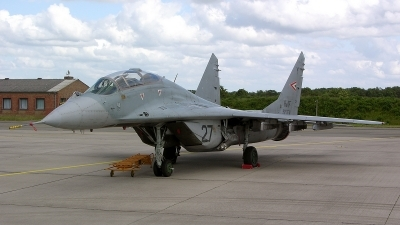 Photo ID 35573 by Thomas Land. Hungary Air Force Mikoyan Gurevich MiG 29UB 9 51, 27