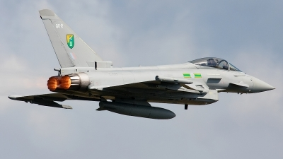 Photo ID 36357 by Rainer Mueller. UK Air Force Eurofighter EF 2000 Typhoon F2, ZJ925