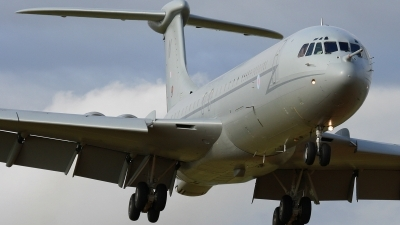 Photo ID 36894 by Dean West. UK Air Force Vickers VC 10 K4, ZD241