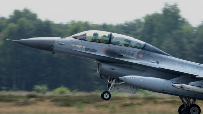 Photo ID 37053 by Tim Van den Boer. Belgium Air Force General Dynamics F 16BM Fighting Falcon, FB 09