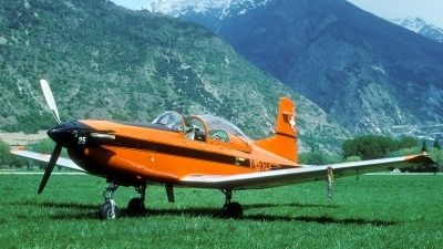 Photo ID 37215 by Joop de Groot. Switzerland Air Force Pilatus PC 7 Turbo Trainer, A 925