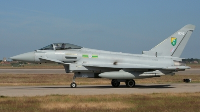 Photo ID 37208 by Gary Stedman. UK Air Force Eurofighter EF 2000 Typhoon FGR4, ZJ923