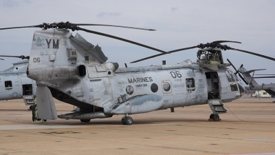 Photo ID 4557 by Jeremy Gould. USA Marines Boeing Vertol CH 46E Sea Knight 107 II, 155304