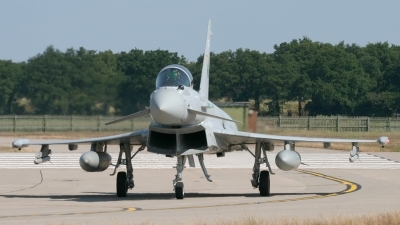 Photo ID 37854 by Gary Stedman. UK Air Force Eurofighter EF 2000 Typhoon FGR4, ZJ923