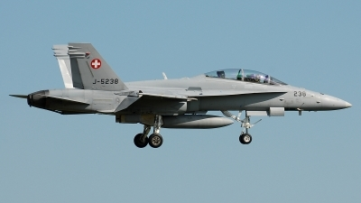 Photo ID 38819 by Klemens Hoevel. Switzerland Air Force McDonnell Douglas F A 18D Hornet, J 5238