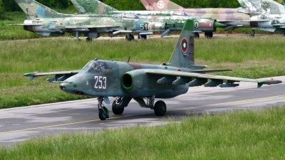 Photo ID 41260 by Alexander Mladenov. Bulgaria Air Force Sukhoi Su 25K, 253