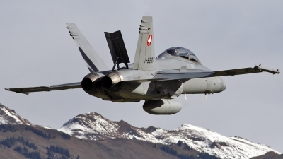 Photo ID 42847 by Patricie Vesela. Switzerland Air Force McDonnell Douglas F A 18D Hornet, J 5237