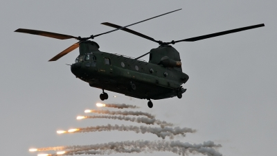Photo ID 44284 by Johannes Berger. Netherlands Air Force Boeing Vertol CH 47D Chinook, D 662